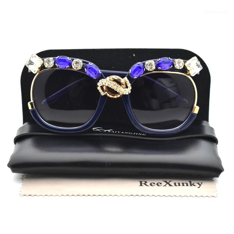 Sunglasses de strass bleu de luxe Femmes 2020 Mode surdimensionné Cat Oeil Sun Lunettes de soleil Vintage Shades Dames Lunettes de soleil dégradé Top1