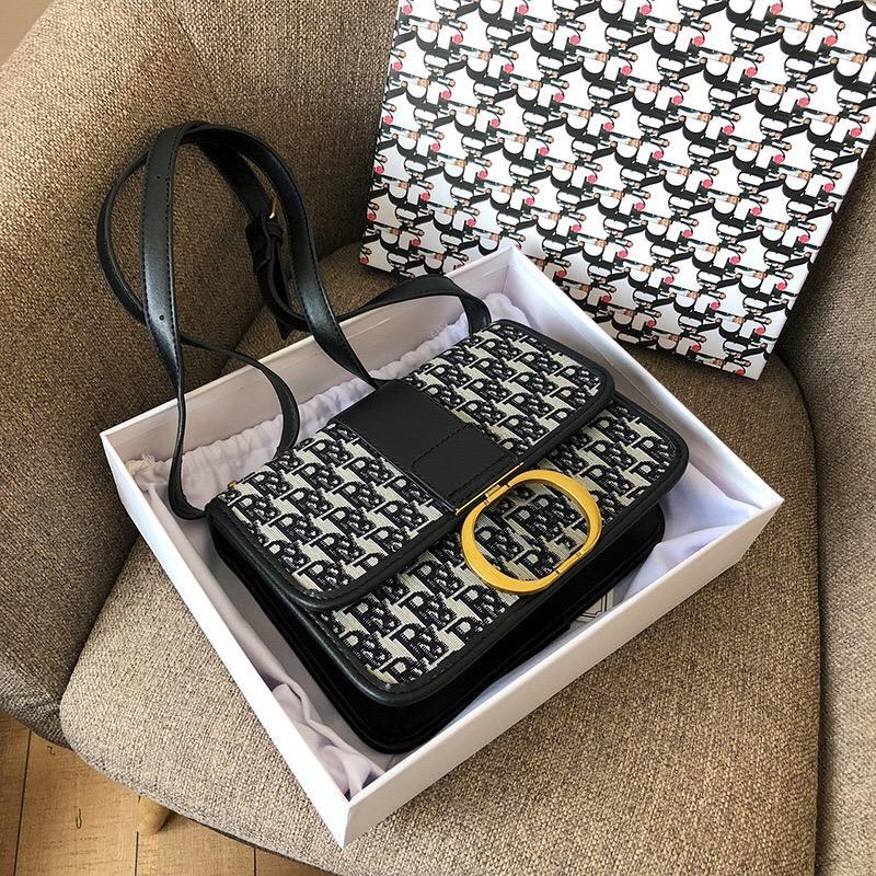 Diseñador bolsos bordado letra letra palabra pequeña solapa mujer hombro nuevo syle luyurys diseñadores Crossbody Bolss Trendy Classic Moda Bagdesig
