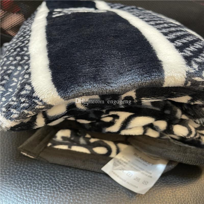 Yeni Vintage Stil Yumuşak Mavi Kelime Atmak Flanel Polar Battaniye Büyük Boy 150x200 cm Moda Stil Seyahat, Ev, Ofis Nap Battaniye