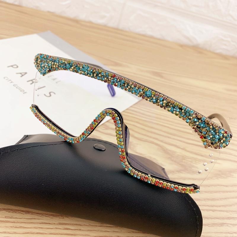 النظارات الشمسية حجر الراين المتضخم النساء الرجال الفاخرة إطار كبير قناع الماس حماية العين الأسود نظارات حمراء الظل uv400 FML1