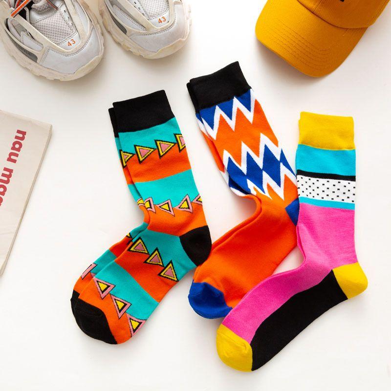 2021 Новые Мужские Носки Европейского и американского стиля Мультфильм Жаккардовый Дышащий Высокий Носок Модные Мужчины Модные Чулки Свободный Размер 11 Цвета