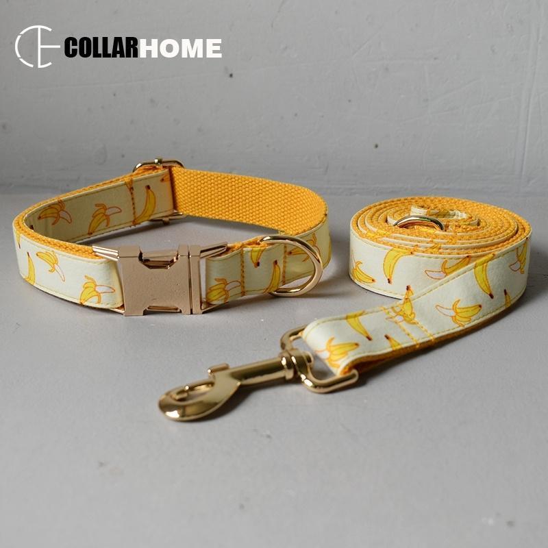 Livre gravar ID de nylon luxo cão colarinho coleira com laço design banana design ouro fivelas de metal ajustável suprimentos de estimação acessórios y200515