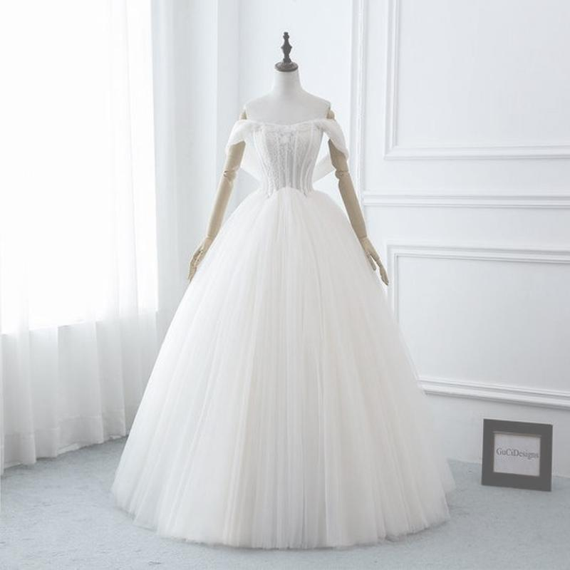 Off Shoulder Ball Gown Wedding Dress Lace-up with Zipper Back Floral Lace Top Layers Tulle Bottom Bridal Gowns