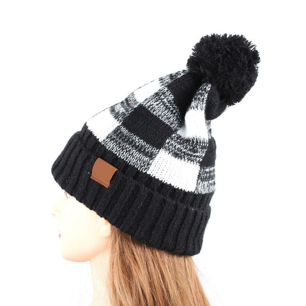 Hiver 2020 automne printemps femmes avec charcuterie à carreaux à carreaux de chapeau à tricoter de laine à carreaux