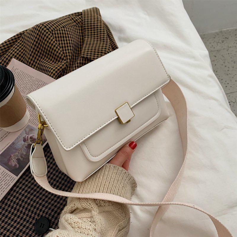 Moda a catena della spalla da donna Trend Piccoli sacchetti di lembo per le donne PU Semplice in pelle Design Crossbody Bag Brand NewBags 2021 Borsa Norja