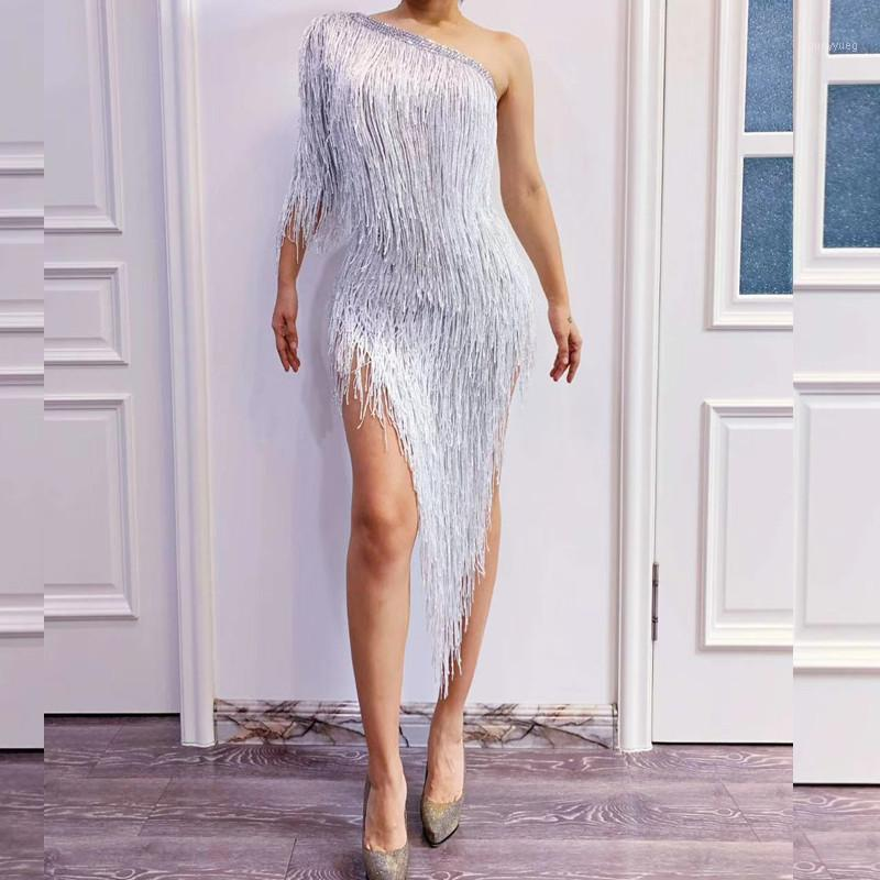 White Long Tassel Evening Celebration Dress Women Asymmetrical One Shoulder Slim Sexy Party Dress Jazz DJ Singer Stage Outfits1