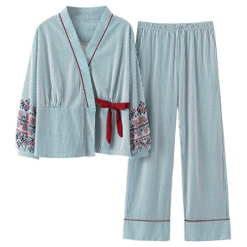 Nuovo Pigiama di autunno Donne Pigiama Pajama Set Bella stampa a righe Kimono giapponesi per le donne Plus Size 3XL 100% cotone yukata 201031