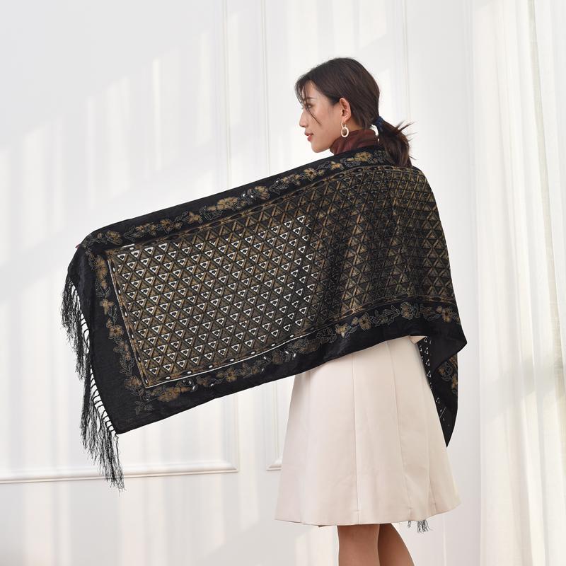 Yeni Varış 176 * 50 Tükenmiş Kadın Eşarp Kış Lüks Kadife Ipek Başörtüsü Şal Lady Günlük Giyim Hediye Severler Için