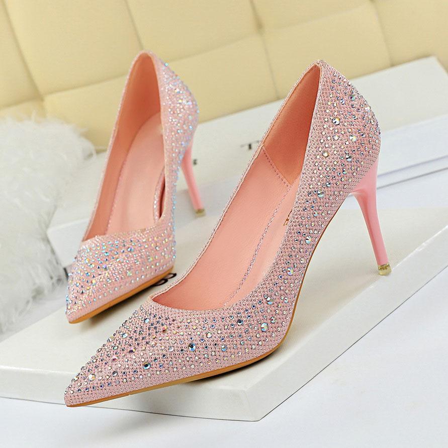 Kadınlar 7 cm Yüksek Topuklu Glitter Düşük Topuklu Kristal Fetiş Stripper Pompaları Lady Zarif Düğün Gelin Scarpins Rhinestone ShoesMultions