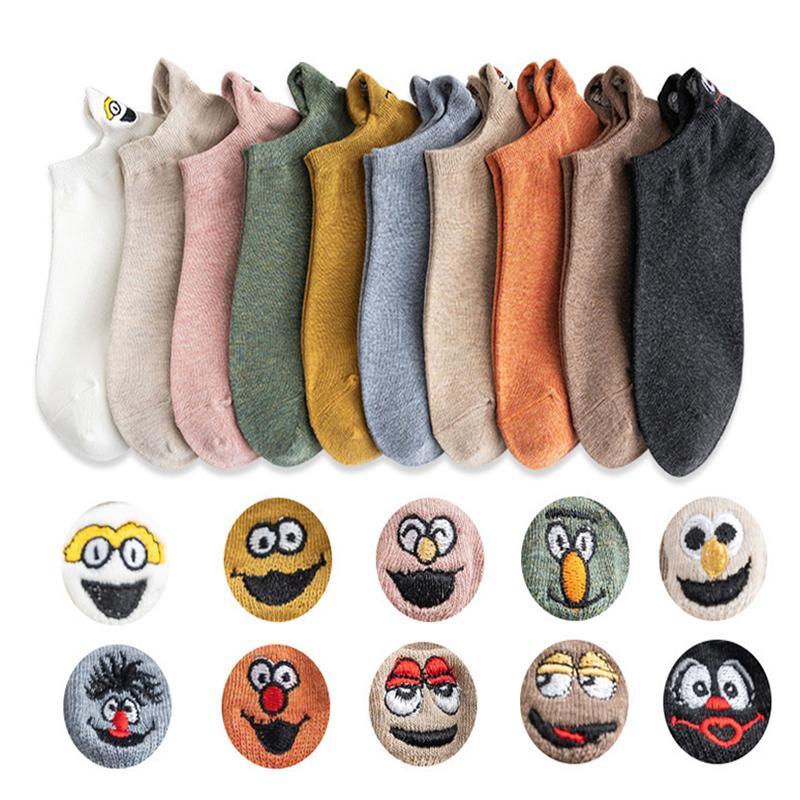 10 Pair Paketi Çorap Kadın Kısa Kawaii Sevimli Mutlu Ayak Bileği Çorap Seti Karikatür Komik Pamuk Harajuku Kore Kadınlar Çorap Calcetines Q1219