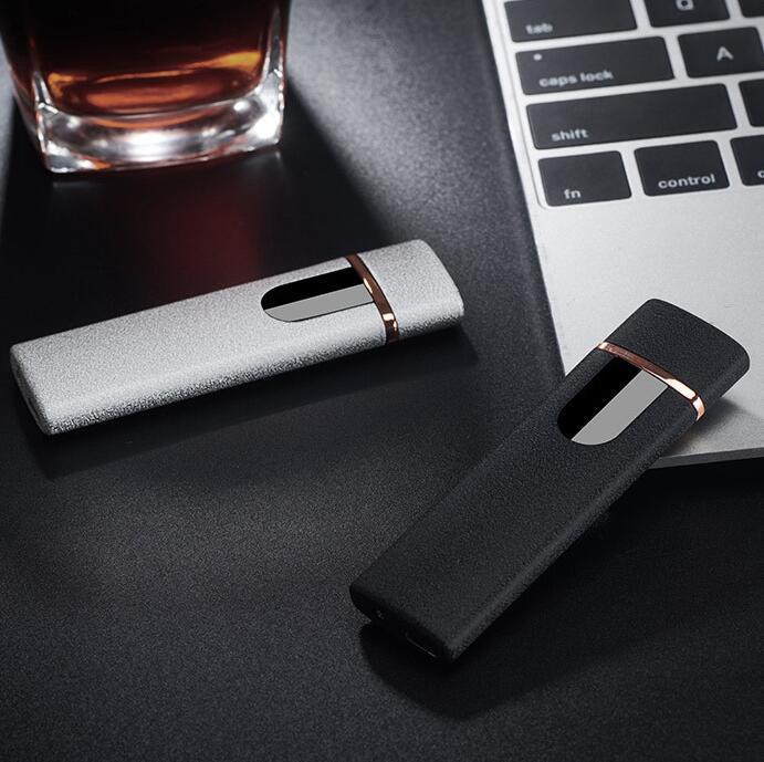 Accendisigari elettronico Accendisigari Accendini di commutazione touch screen Fashion Fashion Antivento Portatile portatile Accendini ricaricabile USB Regalo YL1309