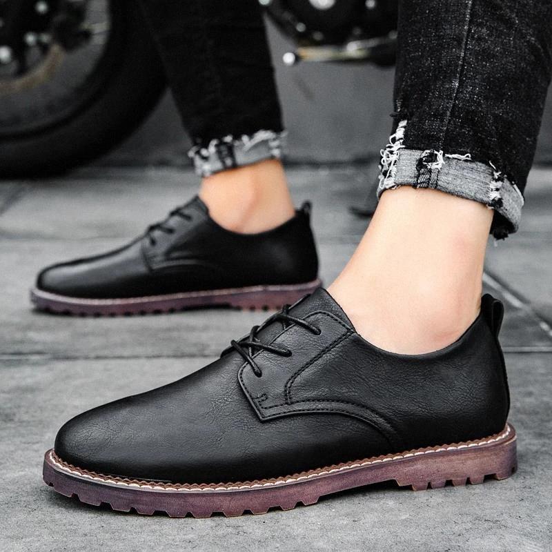Tamanho grande 47 Oxfords homens sapatos ao ar livre casual moda homens sapatos de couro lace up ao ar livre negócio vestido formal negro homem s5 # i827