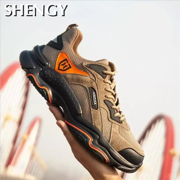 2020 hommes chaussures Sneakers Steel Toe Toe Sécurité de plein air Sécurité Chaussures Hommes légers respirants antipiercing Nonslip Protection Chaussures de protection