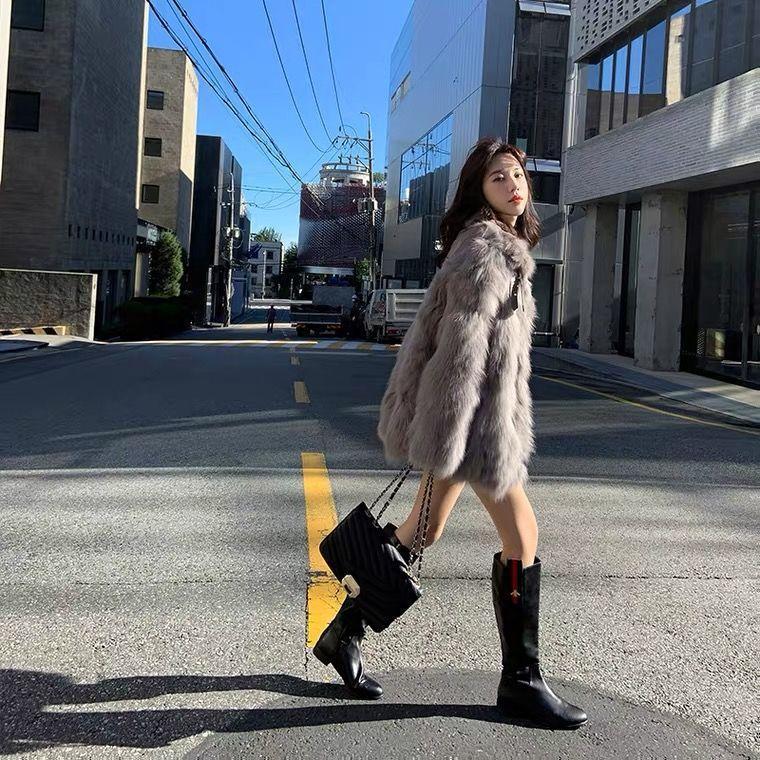 2021 Donne autunno autunno inverno pelliccia pelliccia tuta sportiva femmina sottile manica lunga a mezza lunghezza moto giacca signora casual elegante cappotto E126