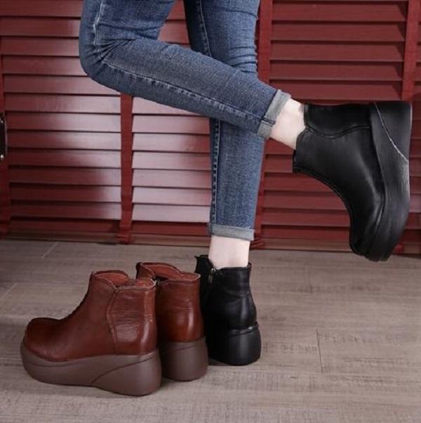 Женские ботинки зимние мягкие подошвы толстые нижние пинетки черные коричневые удобные женские короткие ботинки натуральные кожаные ботинки размером 35-40 03
