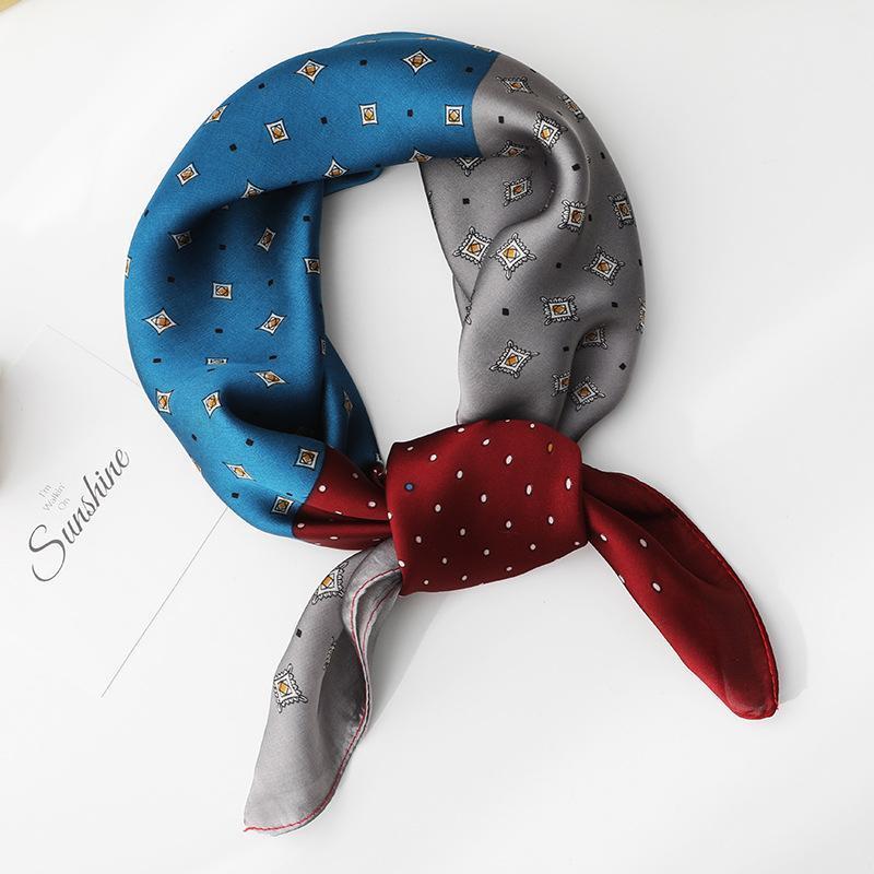Alta calidad 70 * 70 cm Silk Cuadrado Bufandas Imprimir Mujeres NeckerCheif Bandanas Hijab Muslin Coreano Venta caliente Head Bufanda