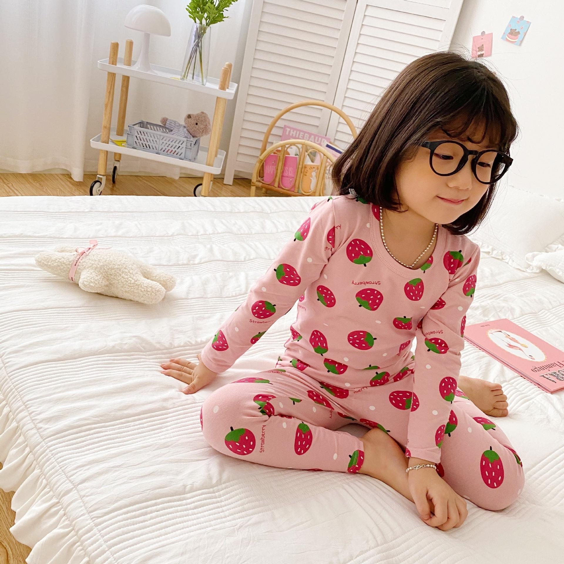 854o bebé cómodo pijamas niños039; s bata franela bebé baño largo capucha churn bata bata de baño dibujos animados niños niños niñas noche manga