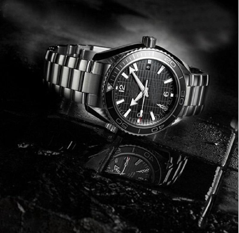 A2813 أزياء الساعات الفاخرة ميكانيكية الرجال الفولاذ المقاوم للصدأ حركة الأوتوماتيكية مصمم ووتش رجل الذاتي الرياح watche 007 سكواش المعصم