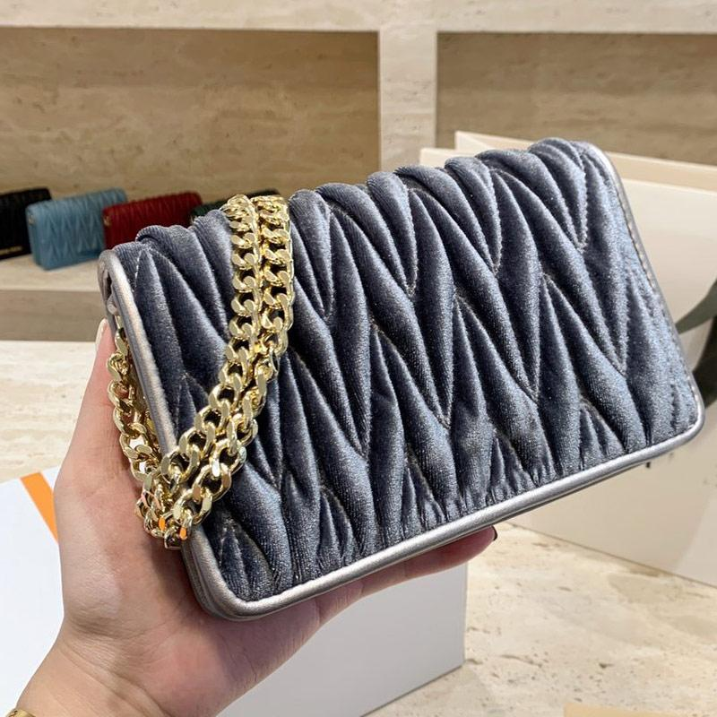 양모 어깨 가방 여성 체인 크로스 바디 가방 손 가방 패션 일반 벨벳 내기 걸쇠 레이디 메신저 가방 무료 배송