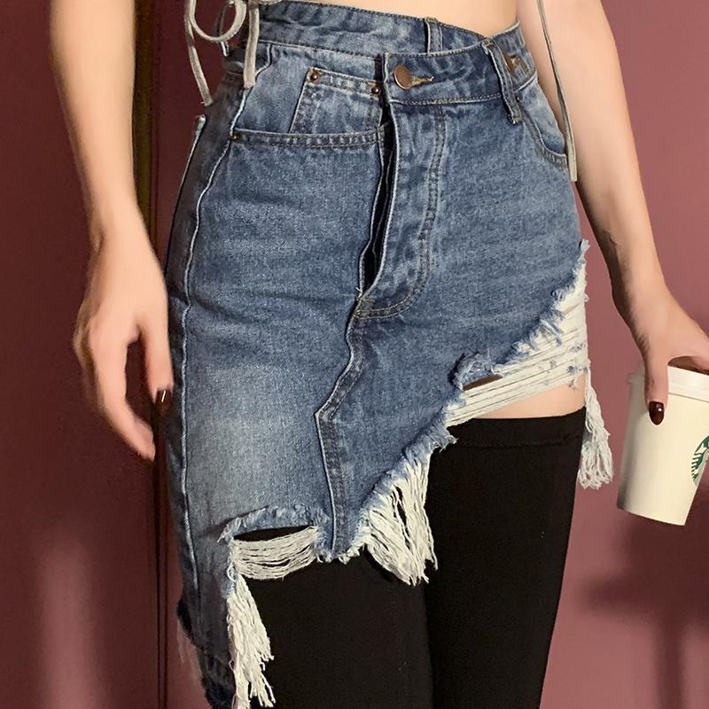 2021 Nouvelle jupe denim de style de mode recommandé au-dessus du genou High Taille Jeuilles déchiquetées Femmes Aizn