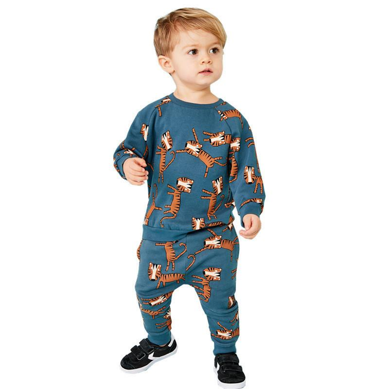 Metros de salto Nuevo Baby Boys Ropa Conjuntos Otoño Invierno Dibujos animados Tigre Impreso Cotton Boys Muchachas Traje Camisa de manga larga Pantalón LJ200831