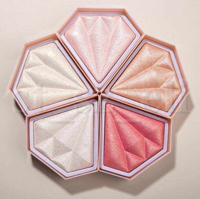 Mejor Calidad Cara Diamante Cristal Resaltado Polvo prensado Compacto Brillante Polvo Shimmer Tez Bronzers Highlighters 5 Color
