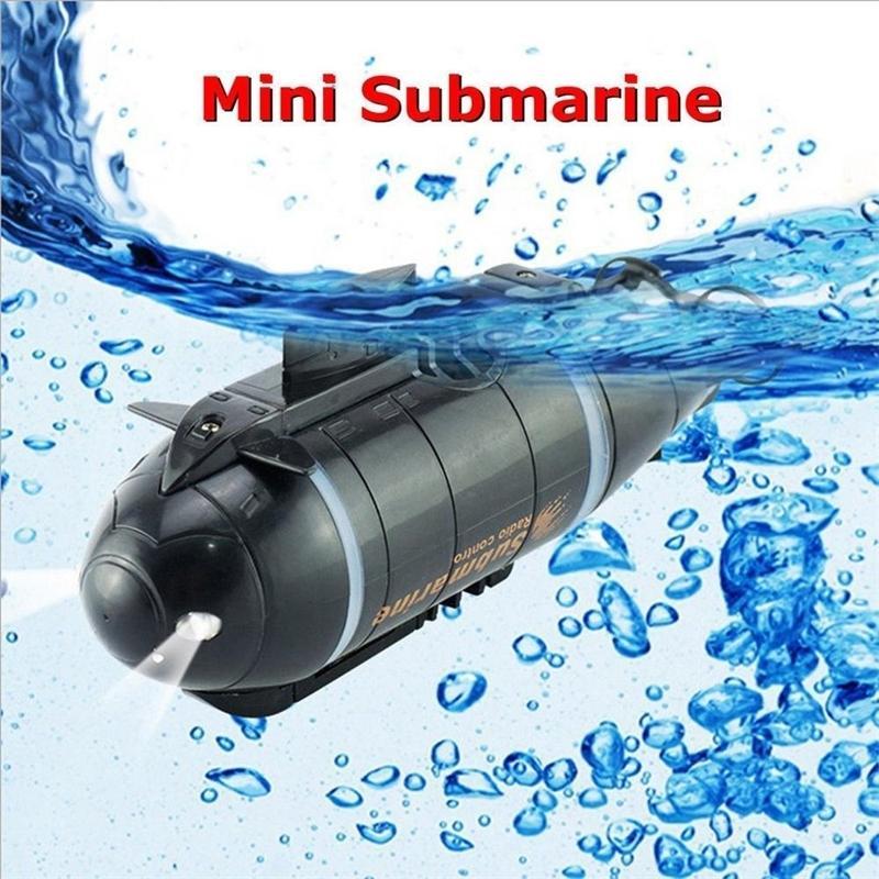 Mini RC Submarino Velocidade de Velocidade Remoto Drone Drone Simulação de Pigboat com LED Light RC Brinquedo Presente Brinquedo para Crianças Y200413