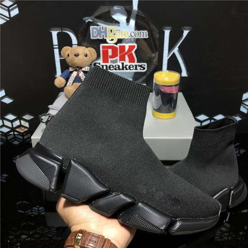 Nouvelle qualité tricot chaussettes chaussures chaussures de vitesse Trainer haute course coureurs Haut-course Sneakers pour femmes Noir Blanc Triple S Triple S Casual chaussures avec boîte