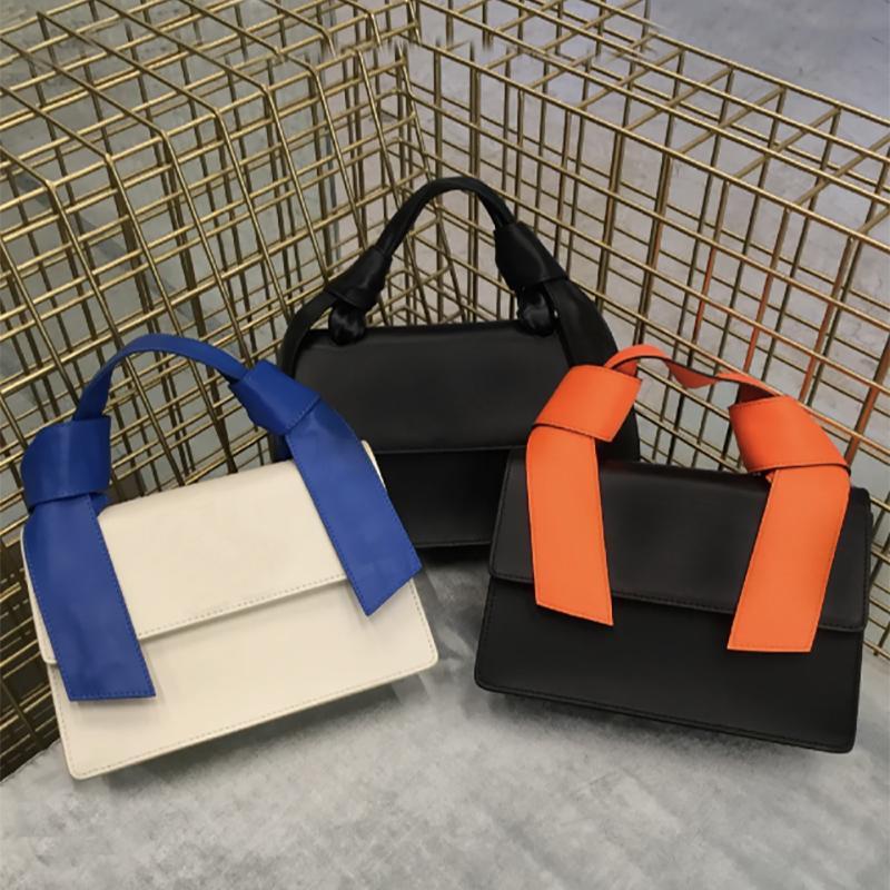 Alta Qualidade Jitney Saco Luxurys Designers Crossbody Bags Escritório Homens e Mulheres Saco De Ombro Black White Listras Portátil Carteira Carteira Portátil