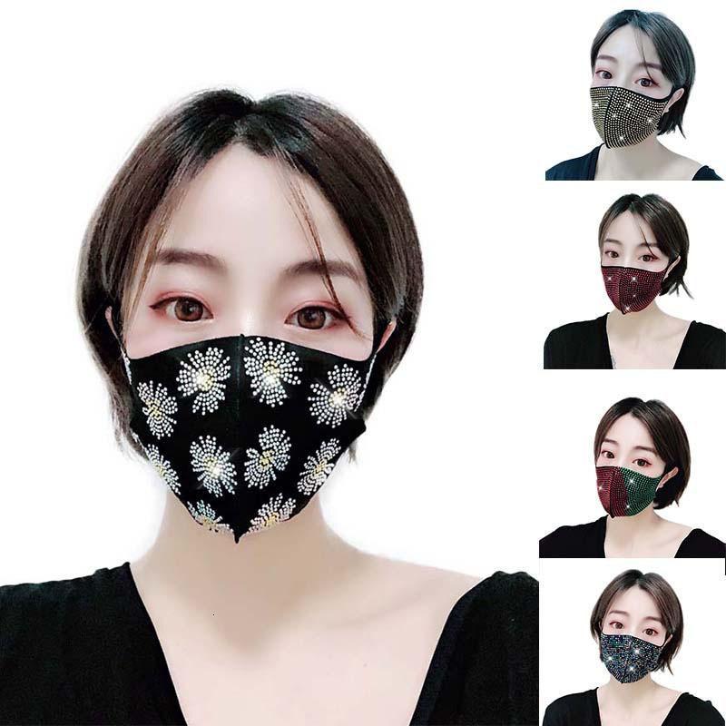 Flash Diamond Water Diamant Celebrity Face Maske Fashionista Nachtclub Party Customized Spot Erwachsene Weibliche Benutzerdefinierte Großhandel Gesichtsmasken
