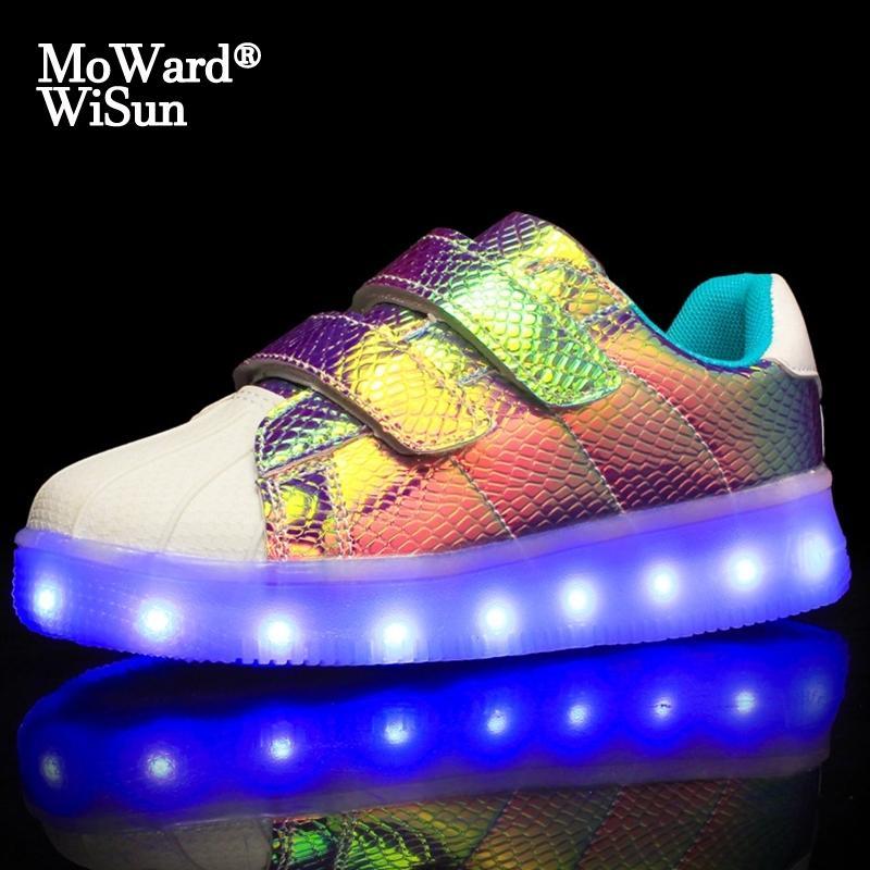 Boyutu 25-37 Çocuk Aydınlık Ayakkabı Işıklı Sole Çocuk Sneakers ile LED Işıkları Ile USB Borsalı Parlayan Sneakers Erkek Kız 201114