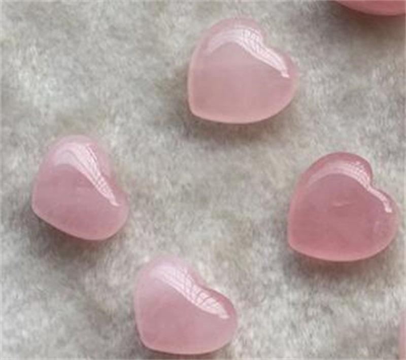 Natürliche Kristalle Steine herzförmig Liebe Rosa Heilungsschmuck Geschnitzte Kunst und Handwerk Edelstein Womens Schöne schöne heiße Verkauf 5Tr3 M2