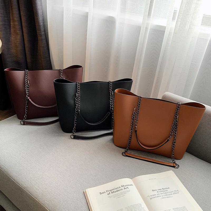 Borse a mano borsa a tracolla di lusso PU Donna 2021 Capacità High Borse Borse in pelle da viaggio per Designer a catena grande femmina Mbexa