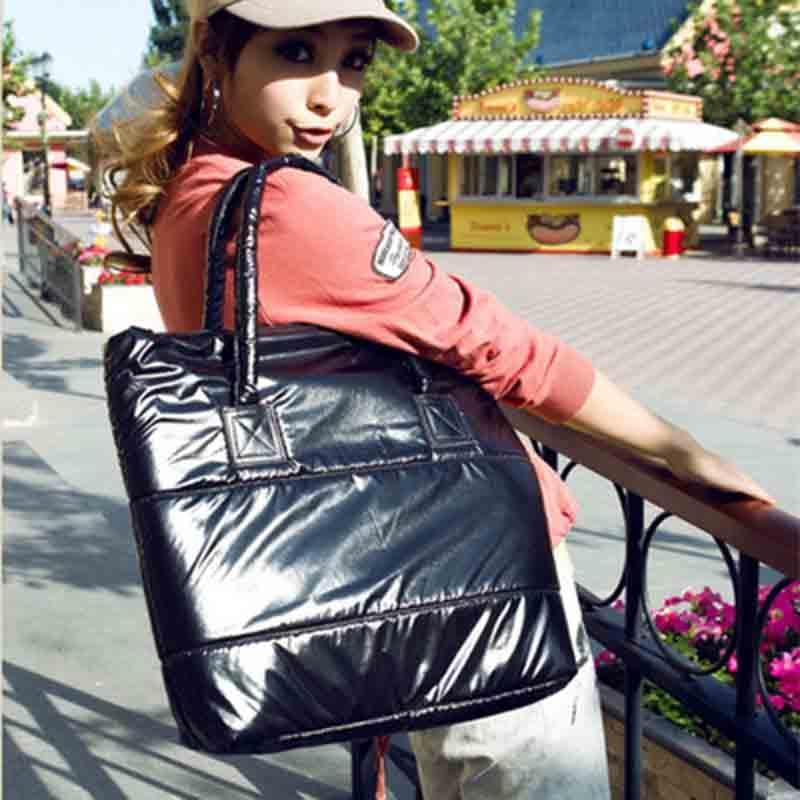 Mode pour les dames d'épaule Sacs Femme Sacs Femme Sac Femme 2021 Fourre-tout Mode Designer Down Sacs Coton de luxe Nouvelle Femme Sacs à main Revpe