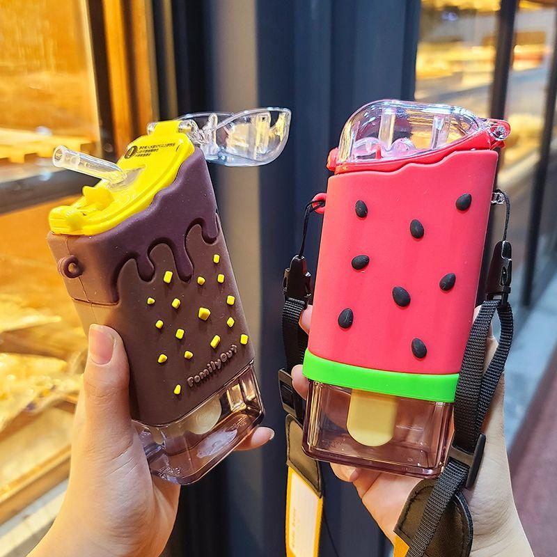 Nuevo verano lindo donut helado botella de agua con paja creativa cuadrada taza de sandía portátil impermeable tritan botella BPA gratis 201126