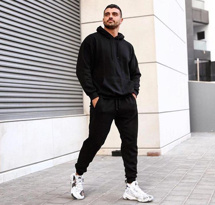 2020 Nouveaux designers SweatSuits Hommes SweatSuit Automne Hiver Fashion Casual Solid Couleur Sweats à capuche longue Pantalon Tracksuit