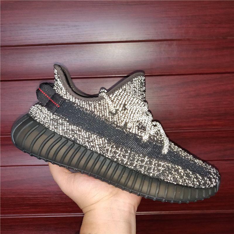 2021 الرجال النساء أحذية رياضية أسود عاكس الرمال taupe الذيل ضوء يتلاشى سحابة أبيض سنادر الرماد الرماد الأزرق اللؤلؤ الاحذية حجم US4-13