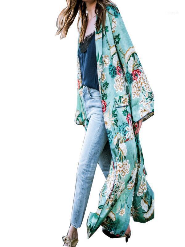 Женские жилеты женщин уличные моды богемные кисточки длинные кимоно негабаритные мыс вершины LX3-71