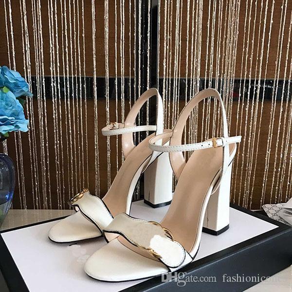 Yeni Sıcak Satış kadın Klasik Ayakkabı Moda Gerçek Deri Sandalet Bayanlar Yüksek Topuk Düğün Ayakkabı Sandalet Yaz Orijinal Kutusu