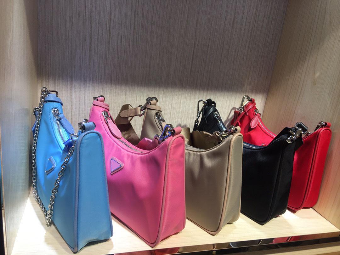 Сумки цепей Холст Посланник для упаковки Сумки на плечо для дизайнеров груди женщины Gobo Tote Женщины леди пресбиопский кошелек сумка сумка сумка xlux