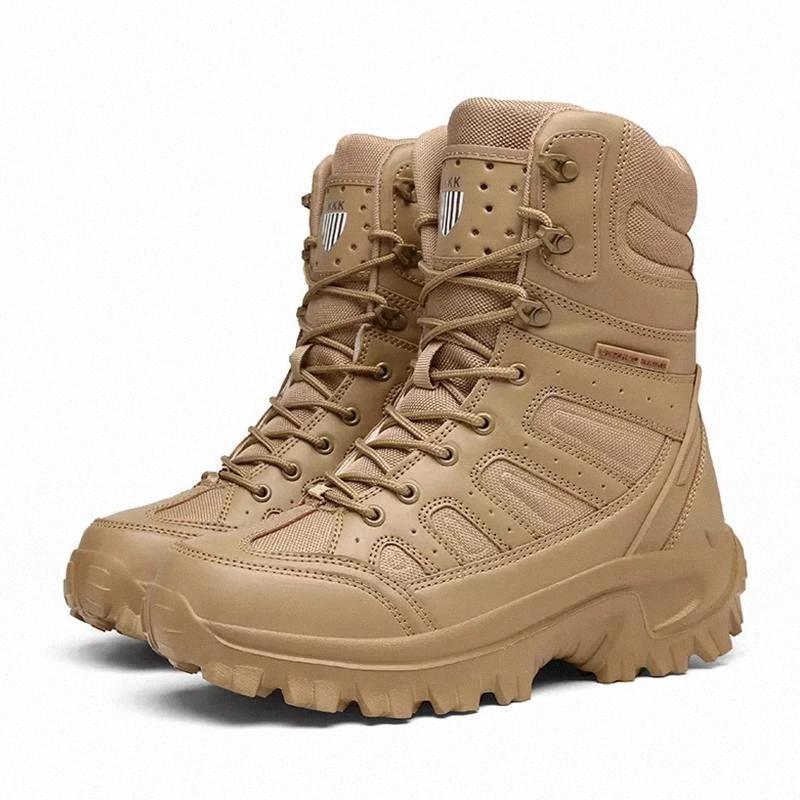 2021 Fashion Stivali invernali Uomini Tactical Military Boots Stivali da prova dell'acqua per gli uomini Ankel Scarpe da lavoro caldo Scarpe in gomma # YK4P