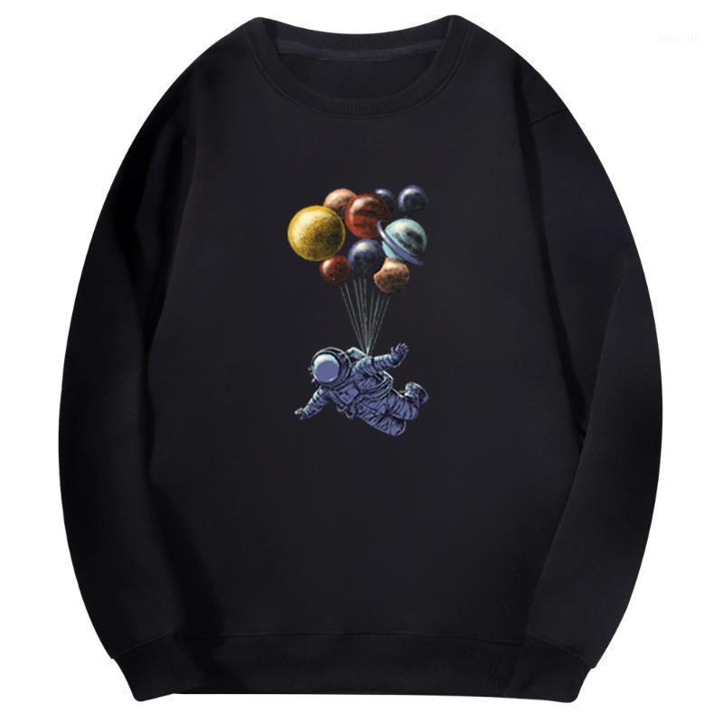 Erkek Kazak Renkli Astronot Outerspace Erkekler Kazak Sanat Polar Moda Bluzy Planet Balon Karikatür Harajuku Erkek Hoodies1