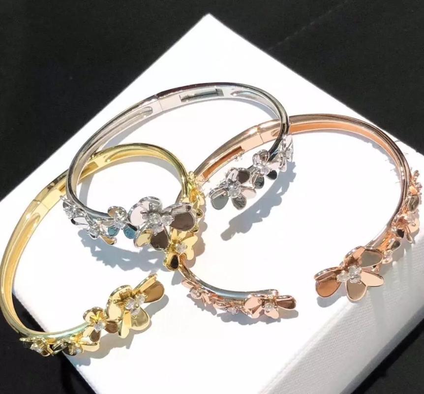 2020 New Hot 925 Marque pur bijoux en argent sterling pour les femmes d'or Trèf Praty mariage bijoux fleur d'or