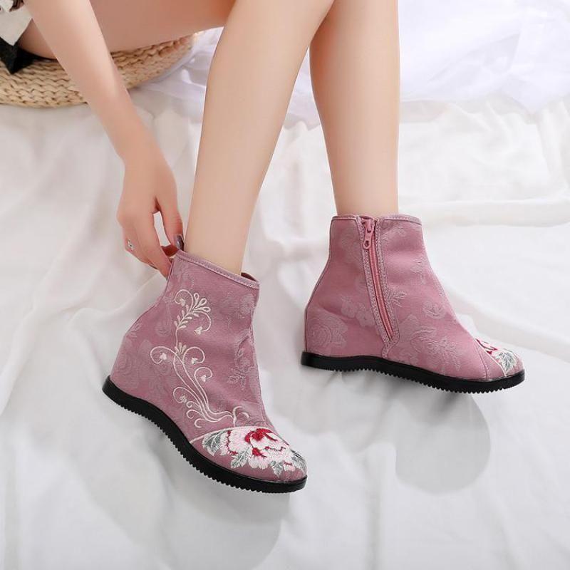 Herbst neue nationale Art gestickte Schuhe Erhöhte Heel Blumen Damen-Stiefel 6cm Heel chinesischen Stil Stiefeletten