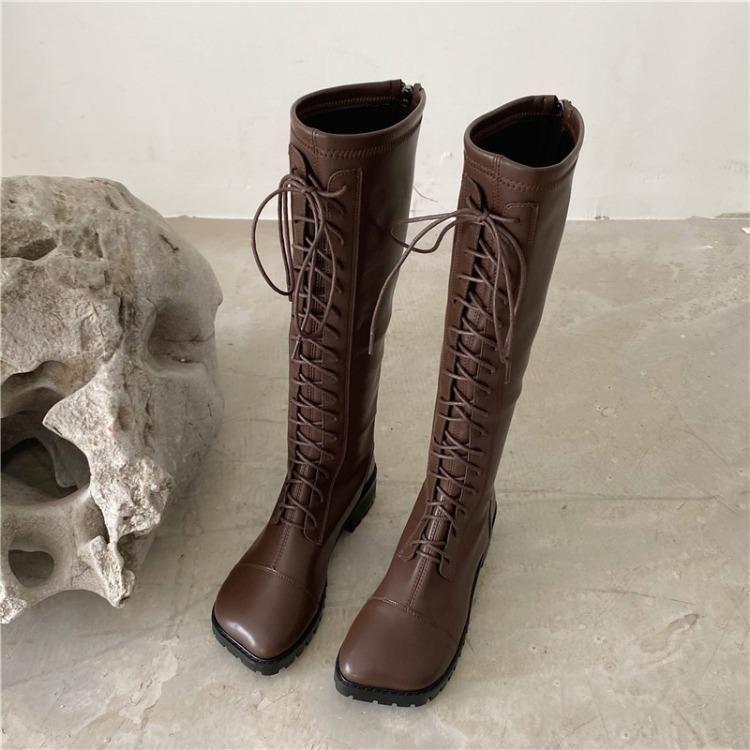 Bottes à mi-veau blanc Bottes-chaussures - Femme hiver Chaussures d'hiver Designer de luxe Toile ronde Basse 2020 Mid veau Lolita Fashion Mesdames