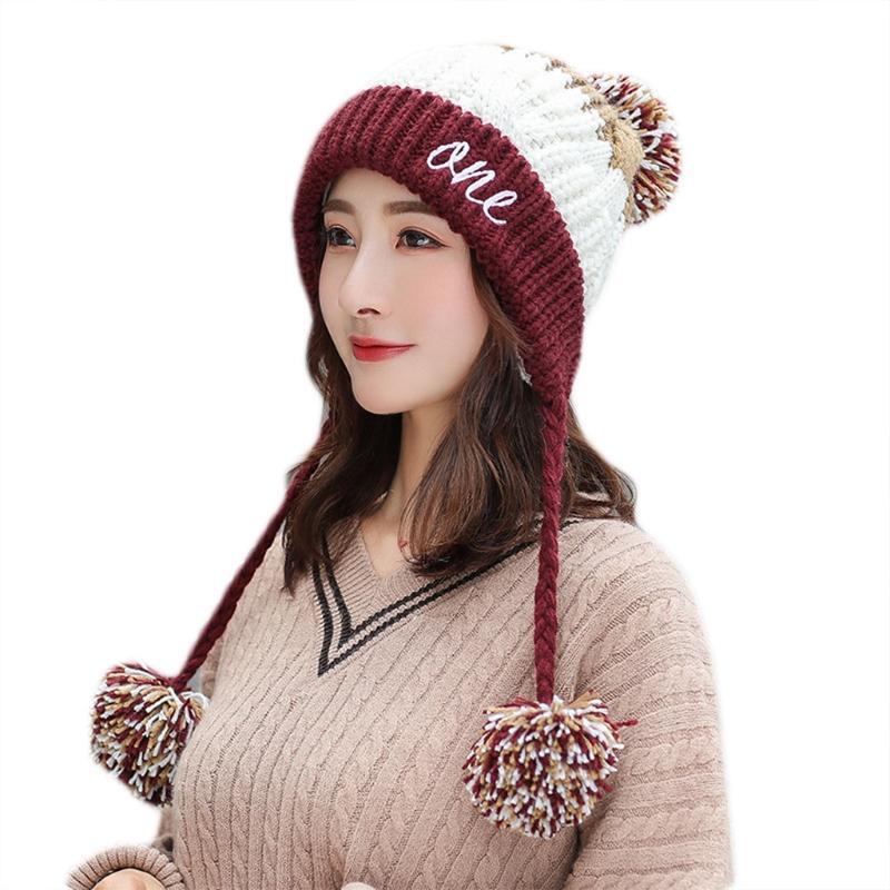 Berretto / cranio tappi donne inverno knit beanie cappello cappello lettere ricamo peluche foderato Pompon auricolari auricolari J78e