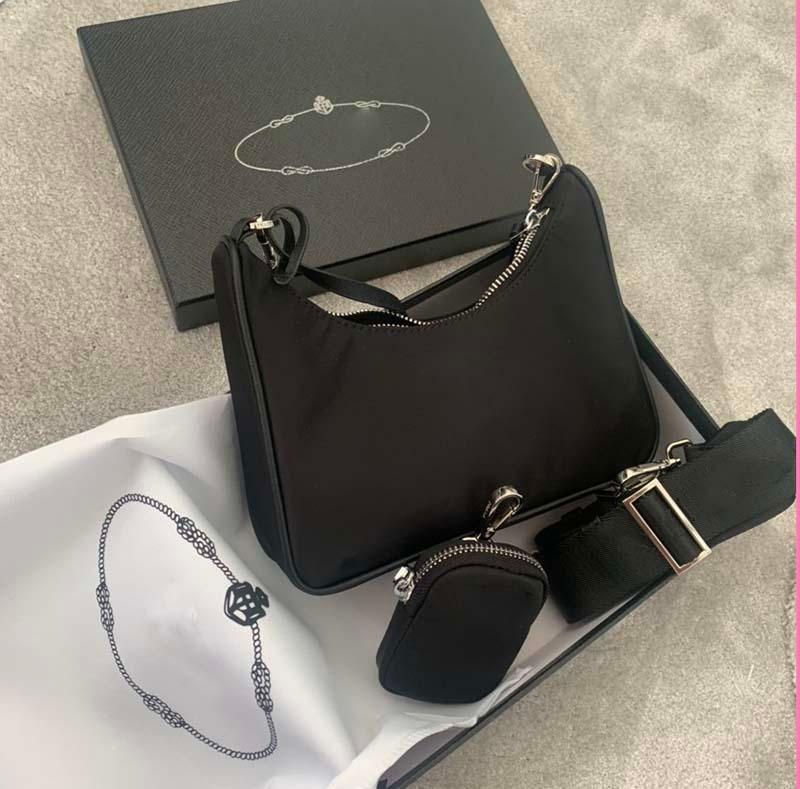 Sac à bandoulière de luxe en toile Hip-hop Marque 3A avec boîte Mesdames Sac Messenger de haute qualité Décoration en forme de cœur 2 en 1 nylon Sac shopping