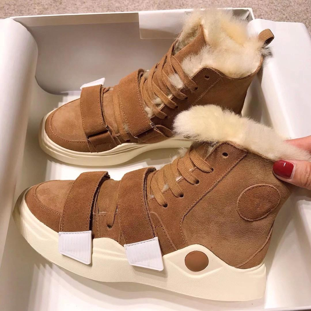 2021 Chaude Nouveau Design Femme Femme Snow Boots Filles Casual Winter Souffret Cuir Soux Chaud Appartements Boot Demeure de démonstration de fourrure Taille Brown Rose 35-40 # U5