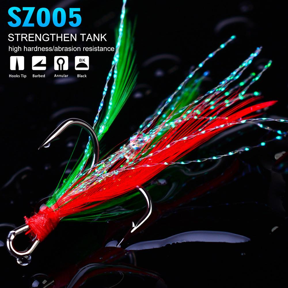 100pcs/lot New Fishhook High Carbon Steel Treble Hooks 2#/4#/6#/8#10# Black / Red Color Fishing Hook with Feather Fishing Tackle