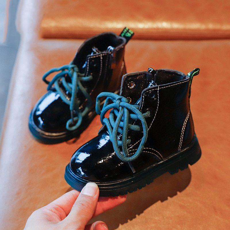 패션 키즈 가죽 신발 가을 레이스 최대 소녀 마틴 부츠 솔리드 컬러 소년 발목 부츠 미끄럼 방지 유아 신발 SZ314 Y1125